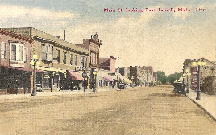 Main-St-Looking-East-Lowell-Michigan