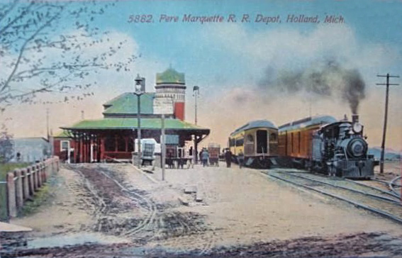 PERE MARQUETTE RAILROAD DEPOT ~ HOLLAND MICHIGAN